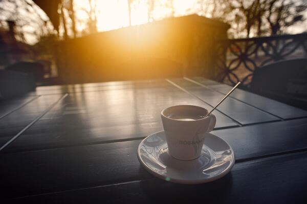 blur-caffeine-cappuccino-343425